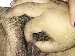 Turkish mature Hande - clitoral play
