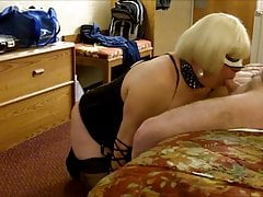 CD Amber's 1st Hotel Party of 2019 (Crazyolddude) Blowjob