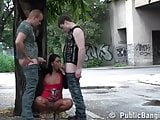 Risky threesome on the street! AWESOME!