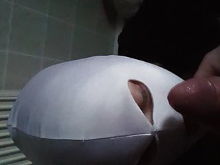 masked blowjob cum on facePorn Videos