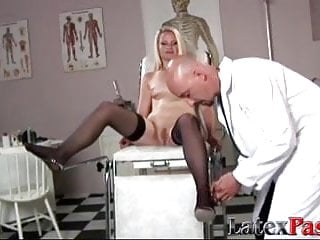 Tight slim blonde filled by tricky doctors...