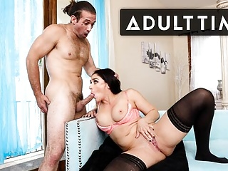 Sheena Ryder SOAKS Handyman with Insane Squirt! – ADULT TIME