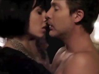 Dos mas dos srean and romance...