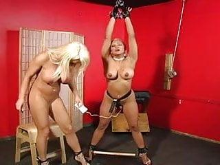 Lesbian soumisive spanked...