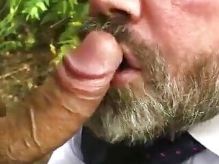 Outdoor Amateur suck and swallow Daddy in woods