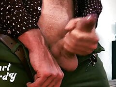 Bisexual guy with big cock jecking off!