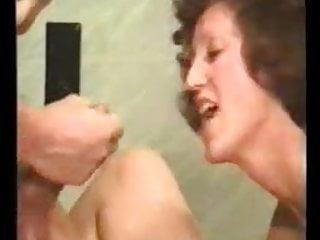 Deutsche Hausfrau in der bayerischen Sexklinik