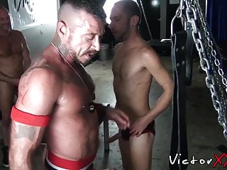 Muscular dudes hooking up and pounding bareback...