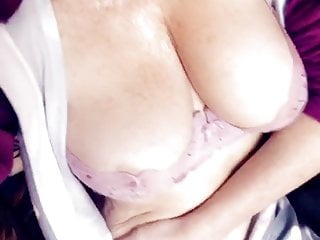 Celeb pp tits...
