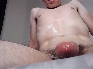 Crazy Young Nerd Jerking And Cumming 6 Times