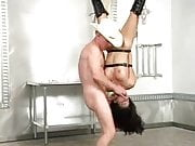 Girl face fucked while hanging -DaVinci-