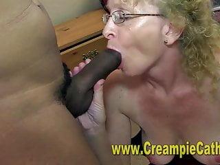 Sloppy Cougar Creampie