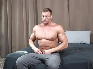 ActiveDuty – Body Building Stud Jerks His Huge Muscle Cock