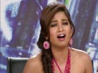 Indian singer shreya ghoshal showing hot boobs on...