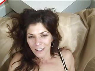 Gypsy love tiene un accidente anal...