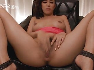 Solo uses just her hands pov...