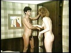 greek porn seminario to vathi larigi o xrisos falos (1986)