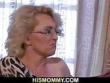 Horny mom awakens her for pussy licking