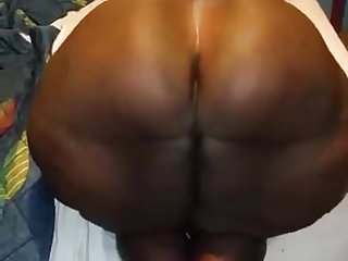 Wow what huge bbw booty...