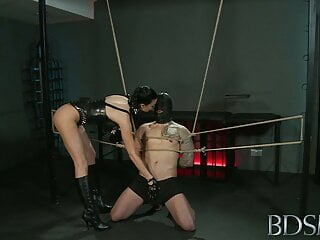 BDSM - Jasmine -- Mistress Jasmine & Sub Monty