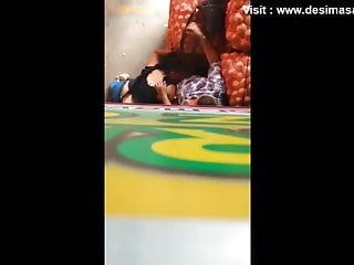 Indian desi group blowjob by college girls...