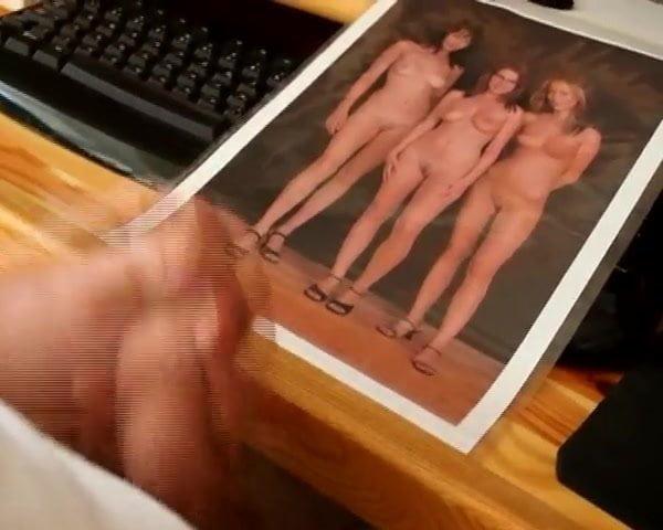 Sexy Solo Babe Masturbating