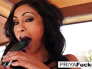 Outside with Indian MILF Goddess Priya and her giant glass