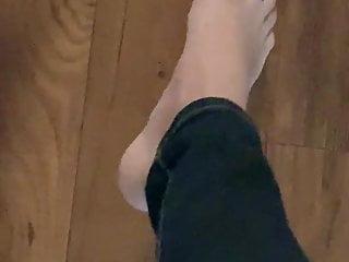 Redbone sexy toes