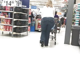 Wide Hipped Gilf in Jeans