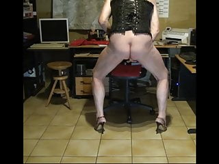 cum heels crossdresser high dildo