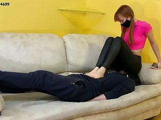 Mistress kira in black leggings femdom...