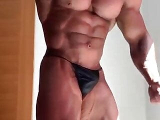muscle poser 1