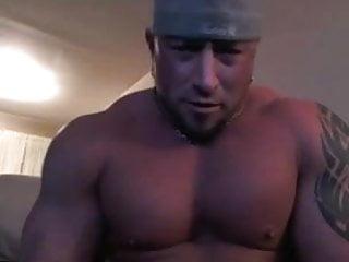 Muscle bodybuilder loves dildo...