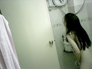 Asian Chinese Teen video: Tiny Chinese Teen Bathing Spy-cam