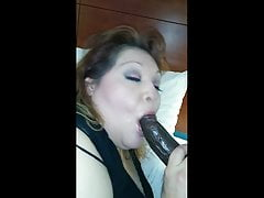 rae lynn gives a fan a blow jobPorn Videos