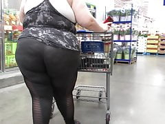 Ssbbw Showing Off Collossal Ass In Latex Tights