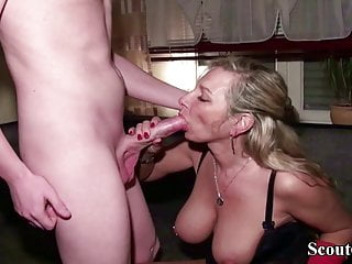 GERMAN MOM Fuck the 12inch Big Penis Ex Friend of Daughter