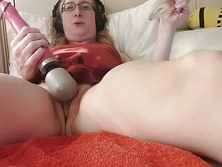 Gets with doxy wand squirting...