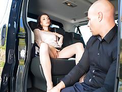 LETSDOEIT - Sex Addict Aralyn Fucks In Taxi