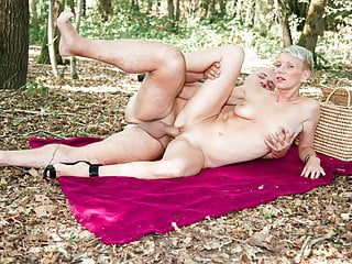 Amateureuro outdoor with sexy milf mia wallace...
