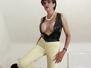Dominant mature woman handjob...