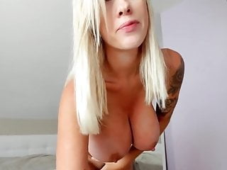 I'm playing around with my big pussy and sexy smile-