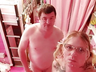 Facial in my bedroom oldaer guy and noughty...