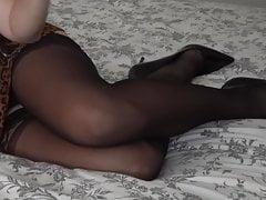 Black tigh pantyhose