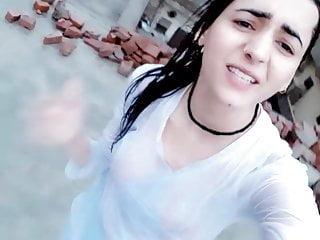 Anal Hardcore movie: Pakistani girl in rain bathing