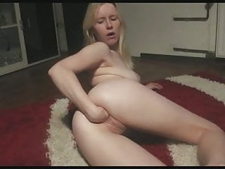 Blonde her pussy...