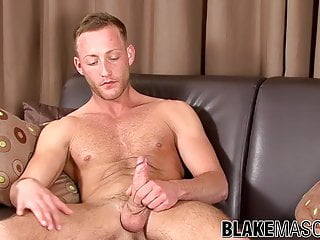 Solo amateur Jonny Kingdom does an interview and jacks off