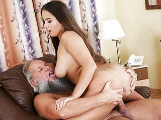 Olivia Nice e un vecchio bastardo fortunato