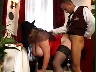 Threesome + lesbian scene