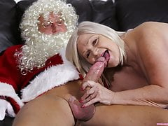 laceystarr - i saw granny fucking santa clausfree full porn